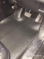 ยางปูพื้นรถยนต์ NEW CR-V G4 รุ่น MINI MAT กระดุมเม็ดเล็กสีดำ เต็มคัน