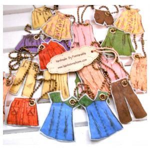 ตัวห้อยตกแต่ง doll clothes ทำจากผ้าขนาด3- 5 cm เลือกแบบนะคะ