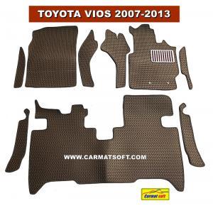 พรมปูพื้นรถยนต์ VIOS 2007-2013 ลายธนู สีน้ำตาล เต็มคัน +แผ่นกันสึก เข้ารูป100% (พื้นหลังเรียบ+ตีนตุ๊กแก) ...ส่งฟรี
