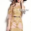 Dress ทรีทรูสีทองพร้อมกับการปักคริสตัลเม็ดเล็กๆ มาพร้อมเข็มขัดสีทอง