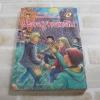 ห้าสหายผจญภัย เล่ม 11 ตอน ปราสาทลึกลับ (The Famous Five : Five Have A Wonderful Time) พิมพ์ครั้งที่ 4 Enid Blyton เขียน กัณหา แก้วไทย แปล***สินค้าหมด***