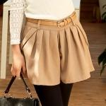 [Preorder] กางเกงขาสั้นแฟชั่นมาพร้อมเข็มขัดหนังเก๋ๆ สีน้ำตาล Pleated diagonal pockets woolen shorts + belt
