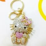 พวงกุญแจ kitty ประดับเพชร (ตัวสีชมพูอ่อน)