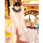 [Preorder] ชุดเสื้อแขนกุดแขนกุด + กางเกงขาสั้นสีขาว (ไซส์ S M L XL) two new skirt white sleeveless summer 2014 Korean version of the influx of women's skirts Slim solid color dress
