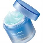 เคาเตอร์นอก (รุ่นใหม่ 2015) Laneige Water Sleeping Mask 80 ml. ผลิตภัณฑ์บำรุงผิวในช่วงเวลากลางคืนมอบความชุ่มชื้นยามค่ำคืนให้แก่ผิวอย่างมีประสิทธิภาพสูงสุดถึง8ชั่วโมง สูตรใหม่SLEEP-TOX™ and MOISTURE-WRAP™เนือ้เบาพร้อมเทคโนโลยีดีขึ้น