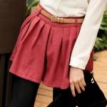 [Preorder] กางเกงขาสั้นแฟชั่นมาพร้อมเข็มขัดหนังเก๋ๆ สีแดง Pleated diagonal pockets woolen shorts + belt