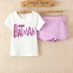[Preorder] เซ็ทเสื้อแขนสั้นสีขาวประดับ sequins ภาษาอังกฤษ + กางเกงขาสั้นสีม่วง (ไซส์ M L XL) Korean Slim thin short-sleeved T-shirt sequined letters cross piece shorts culottes 2014 summer new women