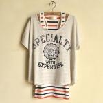 [Preorder] เสื้อแฟชั่นแขนสั้นสกรีนลาย สีเทา + เสื้อกล้ามตัวในลายขวาง New Summer Striped Vest Japanese letters printed two-piece bat sleeve T-shirt