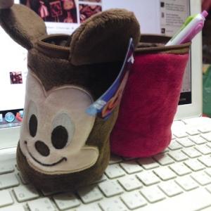 กระเป๋าดินสอ Mickey Mouse แบ่งครึ่งทำเป็นแท่นวางดินสอได้