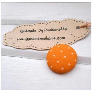 2 cm ~กระดุมปั๊มลายจุดขาวพื้นส้ม 1 จำนวน=6 เม็ดค่ะ