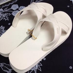 [สีขาวครีม] รองเท้าแตะ Puppa ปุ๊ปป้า ปั๊ปป้า มีเบอร์ 9 ถึง 11