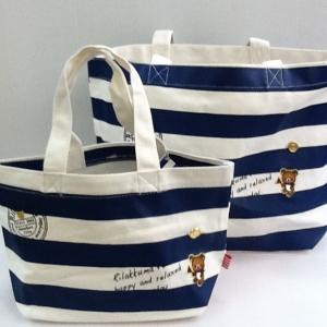 กระเป๋าถือ Rilakkuma ริลัคคุมะ กะลาสี มี2ขนาด: ขนาดเล็ก 8x12 นิ้ว และ ขนาดใหญ่ 12x16นิ้ว
