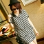 เดรสแฟชั่นเสื้อคอปกลายขวาง สีดำสลับขาว แขนสั้นแบบปีกค้างคาวมีกระเป๋า2ข้าง thumbnail 2