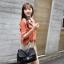 Chu ViVi เสื้อแฟชั่นคอบัวแขนสี่ส่วนพิมพ์ลายสีส้มอิฐ thumbnail 6