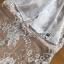 มินิเดรสผ้าลูกไม้สีเบจตกแต่งริบบิ้นผ้าชีฟองสีขาว thumbnail 10