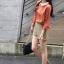 Chu ViVi เสื้อแฟชั่นคอบัวแขนสี่ส่วนพิมพ์ลายสีส้มอิฐ thumbnail 5
