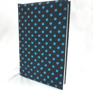 """ปกผ้าพื้นดำ ลายPolka dot จุดเล็ก เนื้อผ้าคอตต้อน ขนาด 8"""" ( Pocket Book )"""