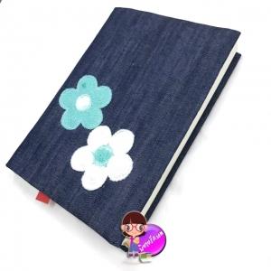 """ปกผ้ายีนส์ ดอกไม้เขียวขาว ขนาด 8"""" ( Pocket Book )"""
