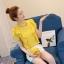 เสื้อแฟชั่นคอวี แต่งสายโช้คเก้อใส่ห่วงติดคอเสื้อดูเก๋ Korea stlye มีหลายสี thumbnail 11
