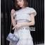 เดรสผ้าคอตตอนสีขาวปักและฉลุลายตกแต่งระบาย ตัวนี้เป็นแนวเฟมินีนหวานๆ ออกคุณหนูนิดๆ เนื้อผ้าทั้งตัวเป็นคอตตอนฉลุลายและปักเหมือนลายผ้าลูกไม้ ป้าย Lady Ribbon thumbnail 7