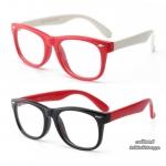 แว่นตาซิลิโคนเลนส์ใสสำหรับเด็ก รุ่น Basic